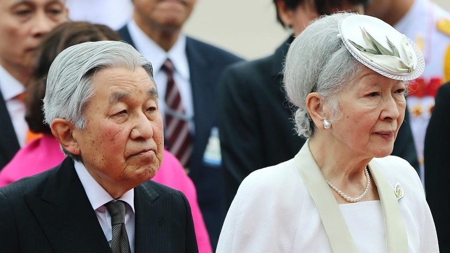 Japan's Emperor Akihito and Empress Michiko attend a wreath laying ceremony at the mausoleum of the late Vietnamese President Ho Chi Minh in Hanoi, Vietnam, Wednesday, March 1, 2017. (Luong Thai Linh/Pool Photo via AP)
