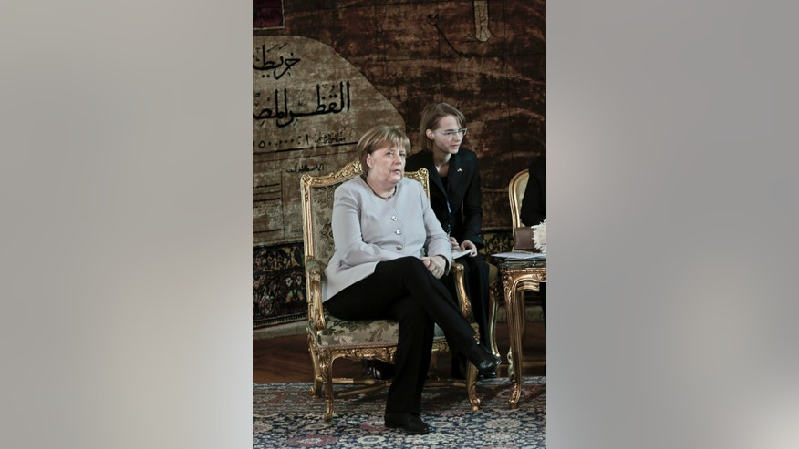 German Chancellor Angela Merkel meets with Egyptian President Abdel-Fattah el-Sissi at the presidential palace, in Cairo, Egypt, Thursday, March 2, 2017. (AP Photo/Nariman El-Mofty)