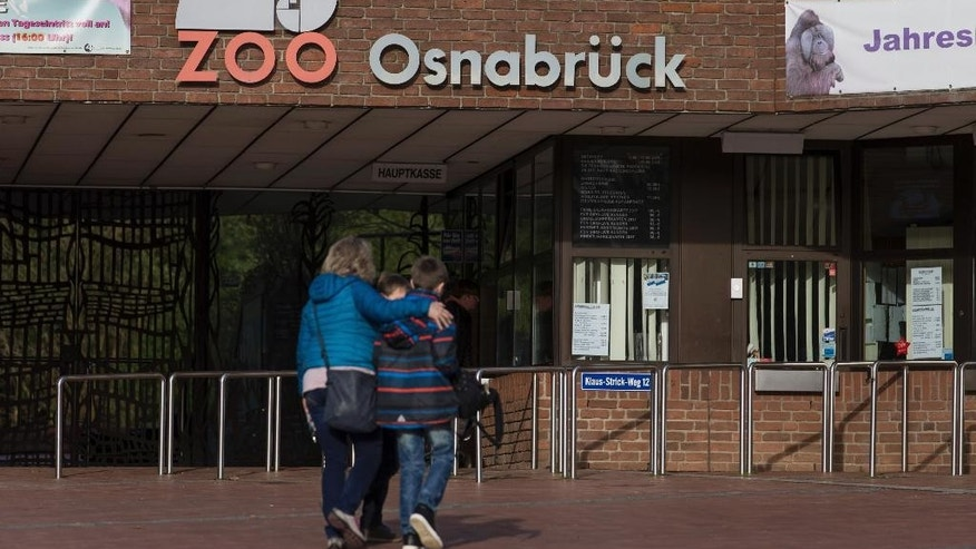 "The entrance to the zoo in Osnabruech, Germany,  Saturday, March 11 , 2017. A bear has been killed after it escaped from its enclosure from a zoo in the northern German town of Osnabrueck. The German news agency dpa reported the bear was shot dead by zoo personnel and all visitors were temporarily evacuated on Saturday. The head of the zoo, Andreas Busemann, said that, ""We reacted immediately with our team, and in order to protect the visitors, we had to shoot him."" (Friso Gentsch/dpa via AP)"