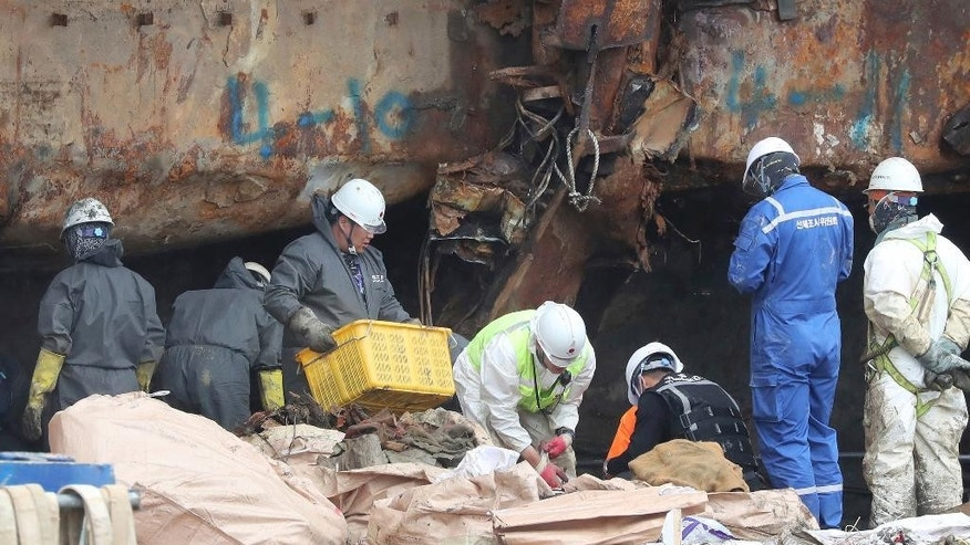 Suspected human bones retrieved from sunken S. Korean ferry
