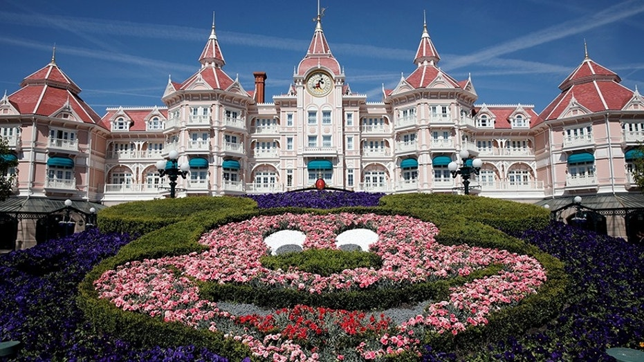 "Disneyland Paris has apologized to a British mom after her 3-year-old son was banned from the ""Princess for a Day"" experience"