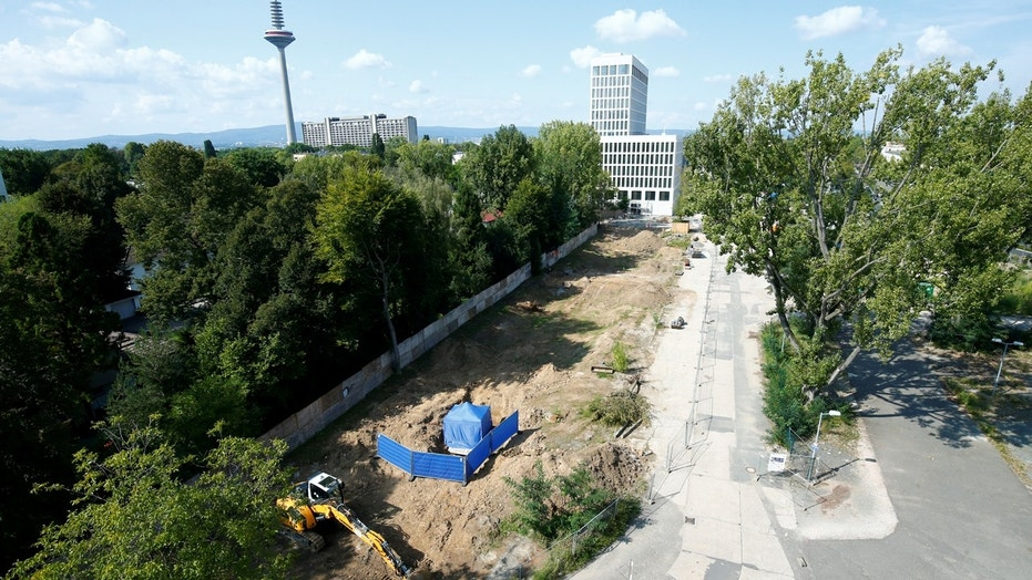 A tent covers the area around an unexploded British World War Two bomb which was found during renovation work on the university's campus in Frankfurt, Germany, September 1, 2017.