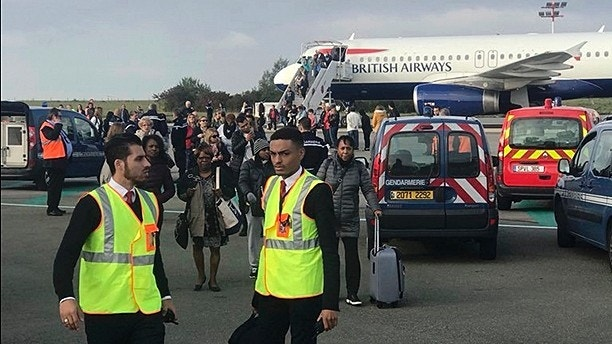 'Security threat' grounds British Airways flight in Paris