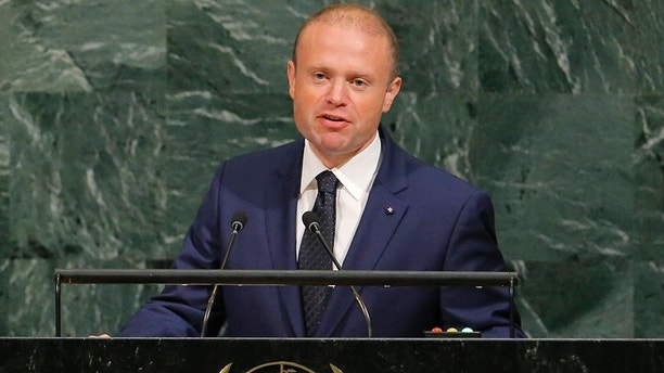 Malta Prime Minister Joseph Muscat addresses the 72nd United Nations General Assembly at U.N. headquarters in New York, U.S., September 22, 2017. REUTERS/Lucas Jackson - HP1ED9M16HYF6
