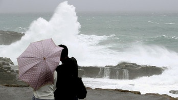 High waves caused by Typhoon Lan break on the shores of Senjojiki, Shirahama town, Wakayama prefecture, Japan, in this photo taken by Kyodo October 22, 2017.  Mandatory credit Kyodo/via REUTERS ATTENTION EDITORS - THIS IMAGE WAS PROVIDED BY A THIRD PARTY. MANDATORY CREDIT. JAPAN OUT. - RC13A6386720