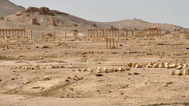 A general view inside the historic city of Palmyra, in Homs Governorate in this handout picture provided by SANA on March 27, 2016. REUTERS/SANA/Handout via Reuters ATTENTION EDITORS - THIS PICTURE WAS PROVIDED BY A THIRD PARTY. REUTERS IS UNABLE TO INDEPENDENTLY VERIFY THE AUTHENTICITY, CONTENT, LOCATION OR DATE OF THIS IMAGE. FOR EDITORIAL USE ONLY. NOT FOR SALE FOR MARKETING OR ADVERTISING CAMPAIGNS. THIS PICTURE IS DISTRIBUTED EXACTLY AS RECEIVED BY REUTERS, AS A SERVICE TO CLIENTS - GF10000362650