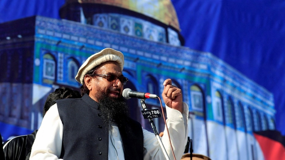 Hafiz Saeed sends Khurram Dastgir Rs100m defamation notice