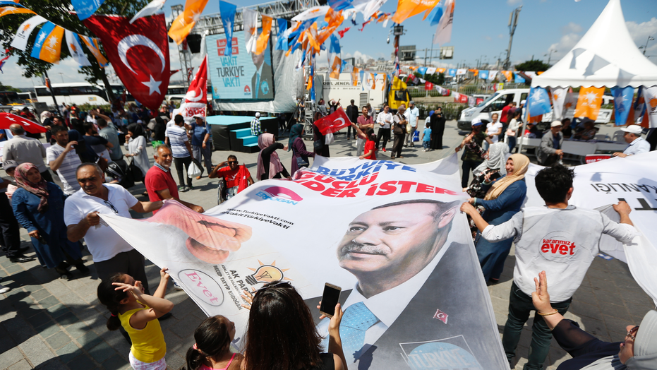 Erdogan's main political rivals cast votes in Turkish election
