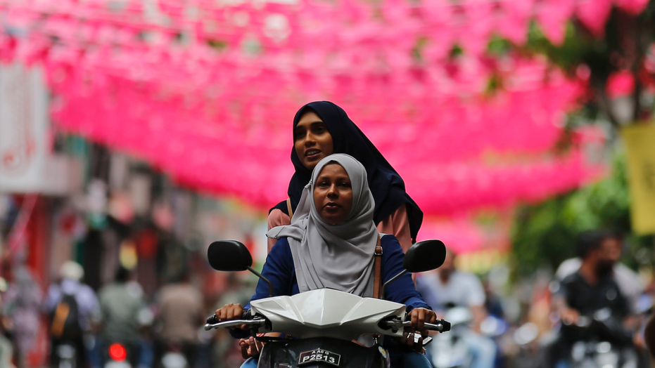 Maldives provisional poll results show opposition upset win