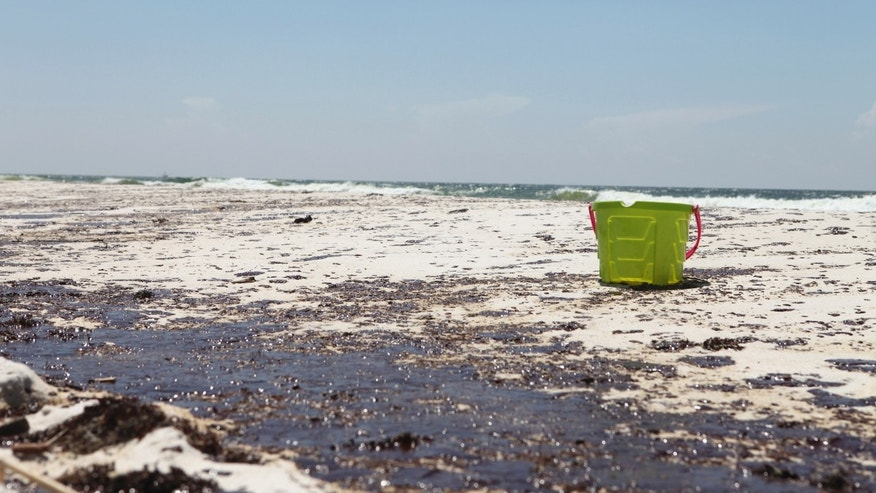 Massive Oil Spill Washes Ashore in the Gulf