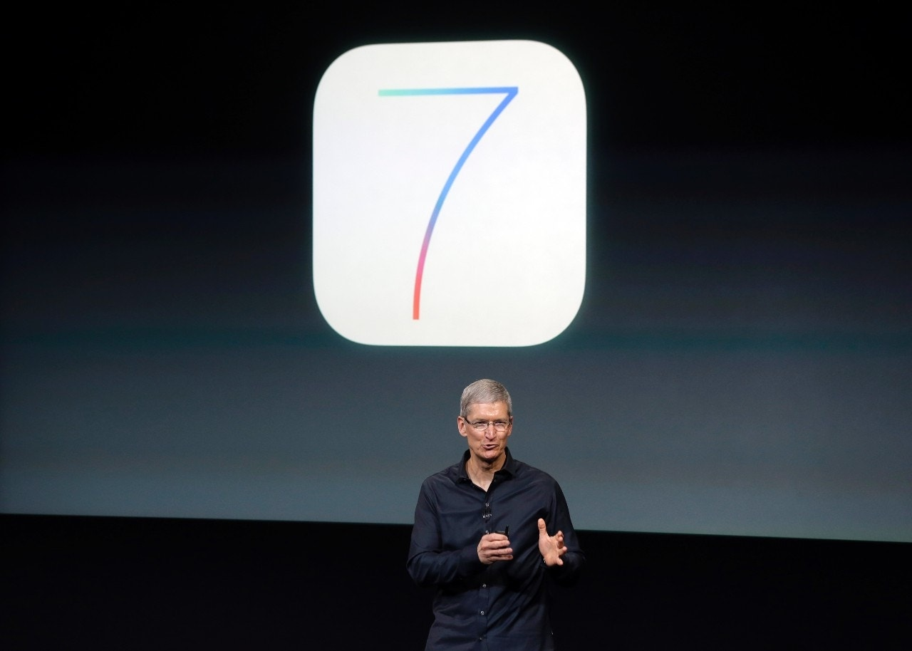 introduction stage of iphone Jobs had insisted on a live presentation of the prototype iphone, which was still in the developmental stages, often randomly dropping calls, losing its internet connection, freezing, or simply.