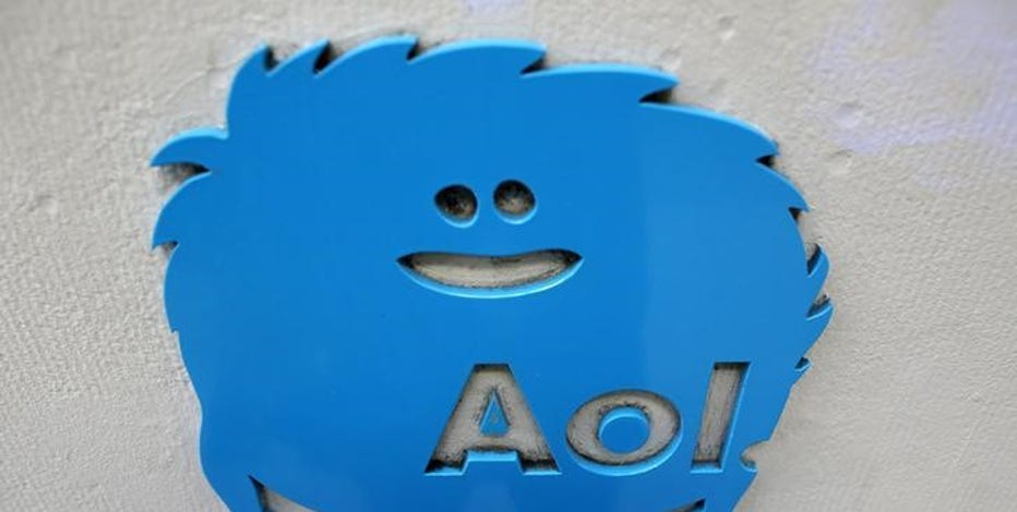 FBN's Jo Ling Kent takes a closer look at the idea of a joint venture between Verizon and AOL.