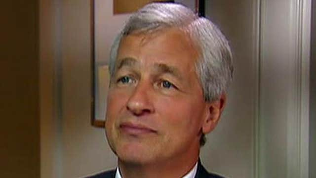 JPMorgan Chase CEO Jamie Dimon discusses his battle with cancer, the U.S. economy, the potential for interest rate hikes this year, and the 33rd annual JPMorgan Healthcare Conference.