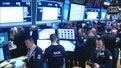 U.S. stocks hold onto weekly gains