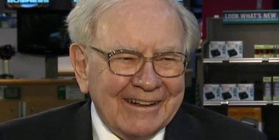 Berkshire Hathaway CEO Warren Buffett discusses his $400 million bet on housing and his views on the Fed raising rates.