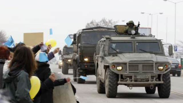 Should the U.S. arm Ukrainian forces?