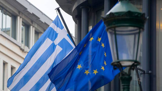 How to manage investing with volatility from Greece
