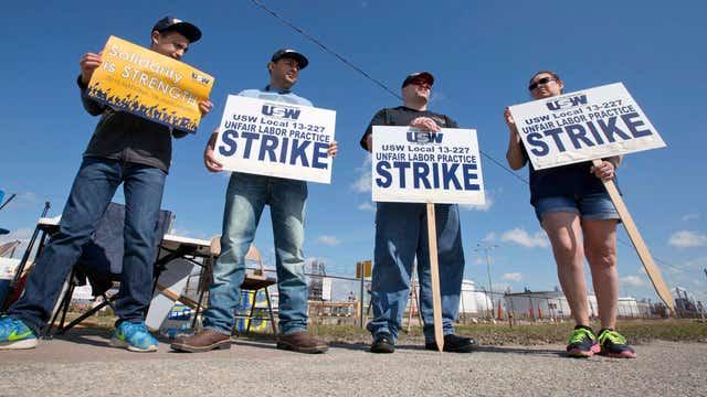 Refinery strike talks collapse