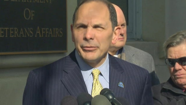 VA chief apologizes for lying about being in special forces