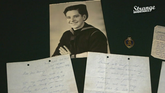 The young Lieutenant Jack Kennedy writes a series of letters to the mother of a sailor killed on his navy vessel, PT-109. Her heirs learn they contain never-revealed details of PT-109's deadly encounter with a Japanese destroyer.
