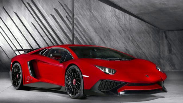 Lamborghini unveils new breed of sports car