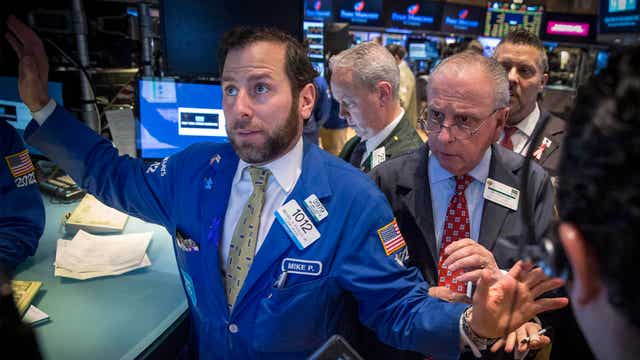 How to navigate volatility in the markets