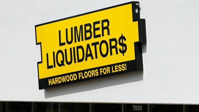 FBN Senior Correspondent Charlie Gasparino discusses how Lumber Liquidators is going on the offensive in defense of its floor products.