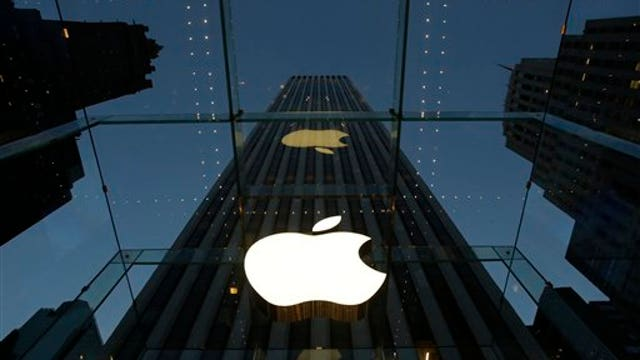 Apple suffers server outage