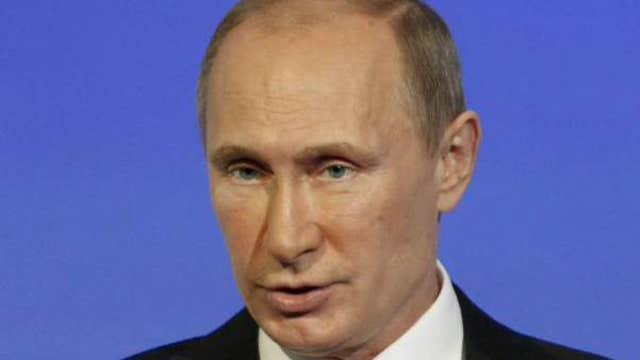 Putin returns to the public eye