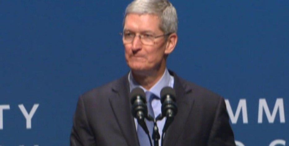 Tea Party Leadership Fund Spokesperson Katrina Pierson and FBN's Neil Cavuto on Apple CEO Tim Cook's response to Indiana's new 'religious freedom' law.