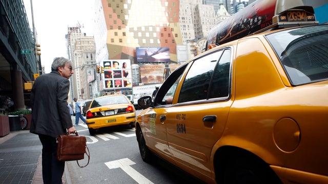 Gasparino: Traders shorting taxi-medallion lenders