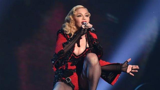 Fox News Correspondent Lea Gabrielle, Takimag.com Columnist Gavin McInnes and comedian Jimmy Failla on Madonna kissing Drake on stage and Jordan Spieth winning the 2015 Masters.