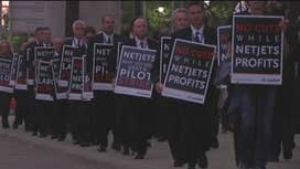 NetJets pilots protest outside Berkshire Hathaway's