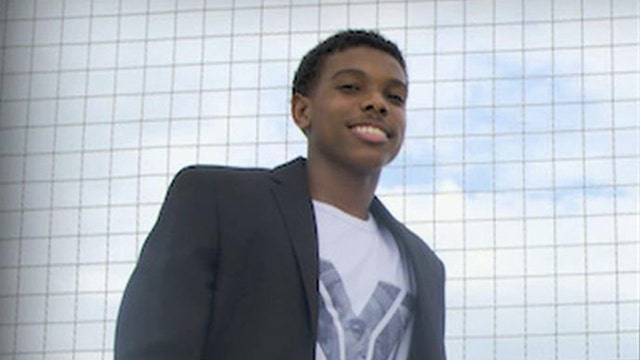 FBN's Charles Payne on teen entrepreneur Brandon Iverson's early success.