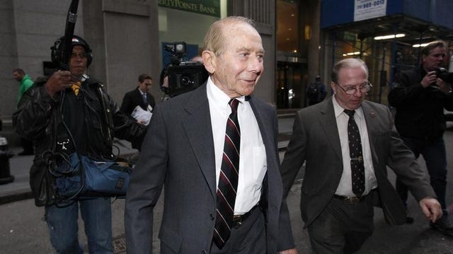 FBN's Charlie Gasparino reports that Hank Greenberg is looking to possibly expand in Cuba.