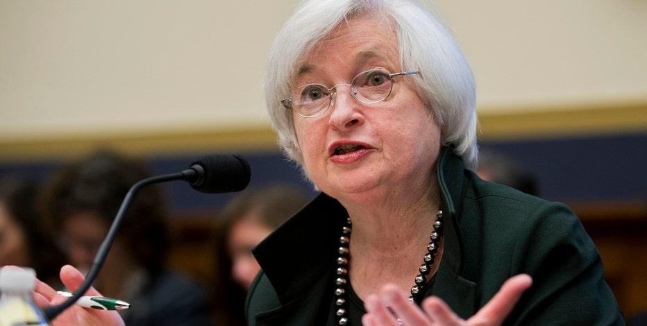 FBN's Charlie Gasparino, Lou Dobbs, Stuart Varney and Maria Bartiromo on the Fed's decision to leave short-term interest rates near zero percent.