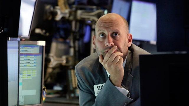 Wall Street stocks slide in late selloff