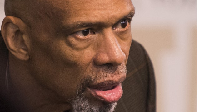 NBA Hall of Famer Kareem Abdul-Jabbar discusses Ben Carson's Muslim comments.
