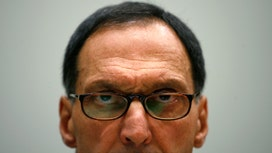 Fuld a Big Bore After Avoiding Lehman During Student Talk