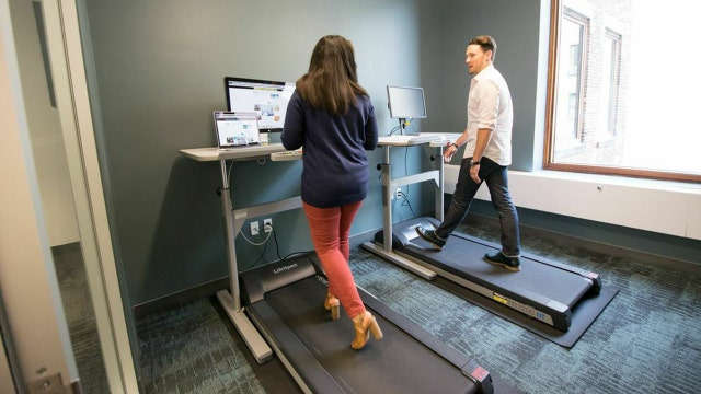 FOX Business tested out a treadmill desk as a healthy alternative to prolonged sitting.