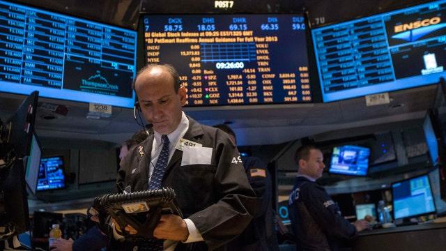 Diverging retail data highlight week on Wall Street