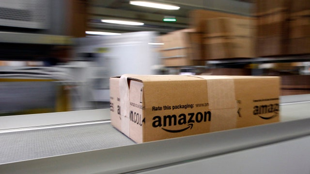 More than 500 orders a second navigating Amazon fulfillment center