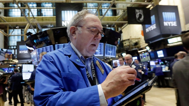 Dow closes up 125 points, oil higher for third-straight day
