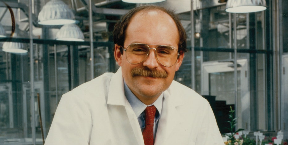 Dr. Robert Fraley created GMOs for Monsanto in 1996.