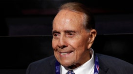 Bob Dole: Who Has the Chops to Handle Congress -Trump or Clinton?