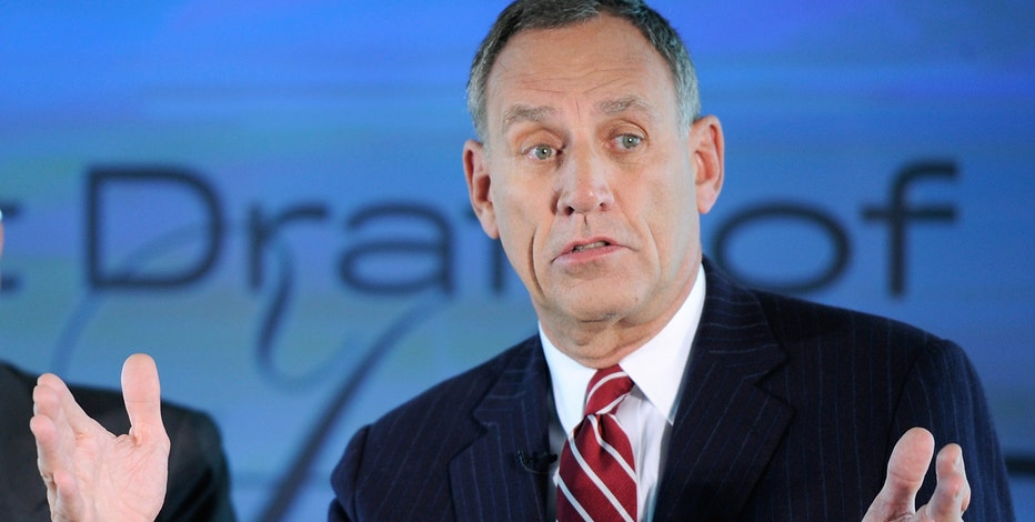 Cleveland Clinic CEO Toby Cosgrove talks to FOXBusiness.com's Jade Scipioni about Obamacare and gearing up for the RNC.