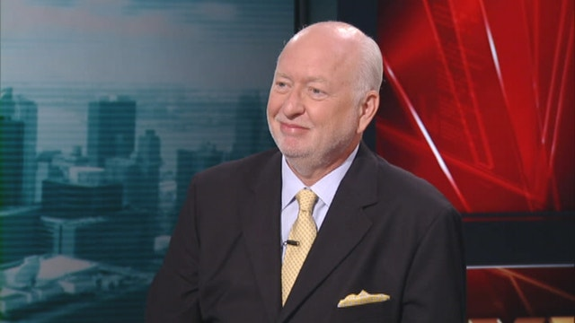 1-800-Flowers founder Jim McCann on how the rate environment affects small businesses.