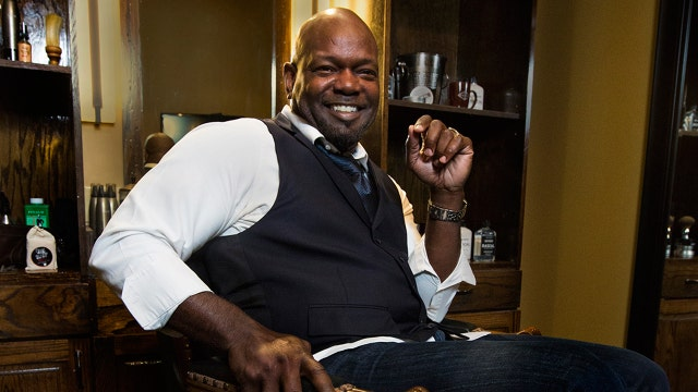 Former running back Emmitt Smith has joined a new venture as co-owner of a men's only spa.