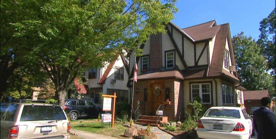 FBN's Lauren Simonetti goes inside Donald Trump's childhood home that is hitting the auction block.