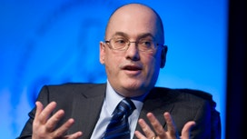 Billionaire Steve Cohen Hiring and Plots Hedge Fund Return